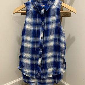 ✰ Arizona// blue and white flannel tank top ✰